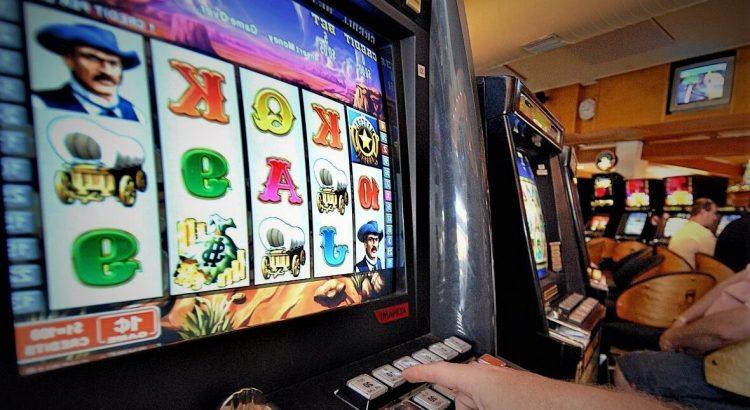 Trik Rahasia Menang Di Situs QQ Slot Online Dapatkan Disini